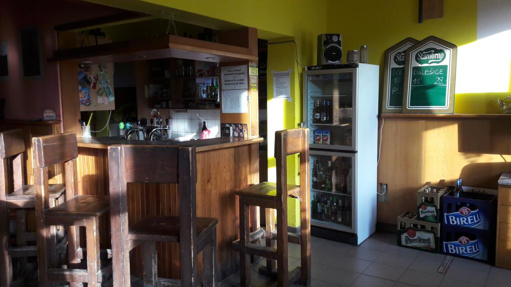 Interiér hospody - bar